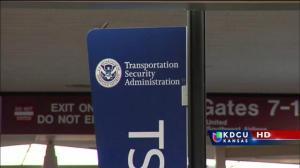 Trabajadores de aeropuertos se verán afectados si el Congreso no llega a un acuerdo