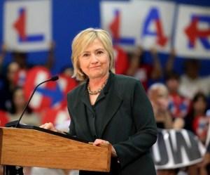 Hillary Clinton espera que Donald Trump pierda por vulgar