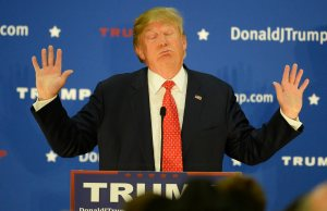 Sugen dudas sobre donaciones de Trump a veteranos