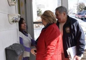 Primarias en Nuevo Hampshire: Intensa búsqueda de votos
