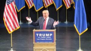Donald Trump afirma que su política económica ayudará a hispanos y afroamericanos