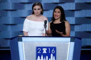 Artistas de Hollywood se unen contra candidatura de Trump