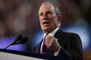 Mike Bloomberg retira su candidatura a la presidencia