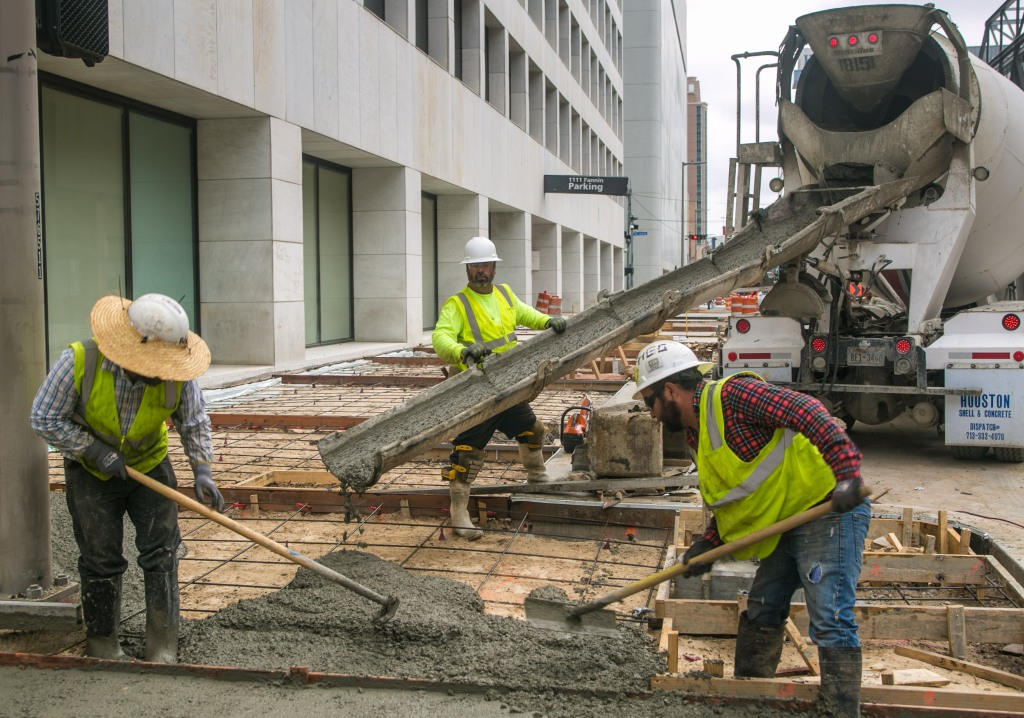 VIDEO: El robo salarial a trabajadores contratistas federales