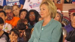 En entrevista exclusiva: Hillary Clinton se declaró lista para enfrentar a Donald Trump en los debates