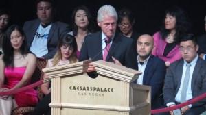 Bill Clinton participó en el Foro de Elección Presidencial en Las Vegas