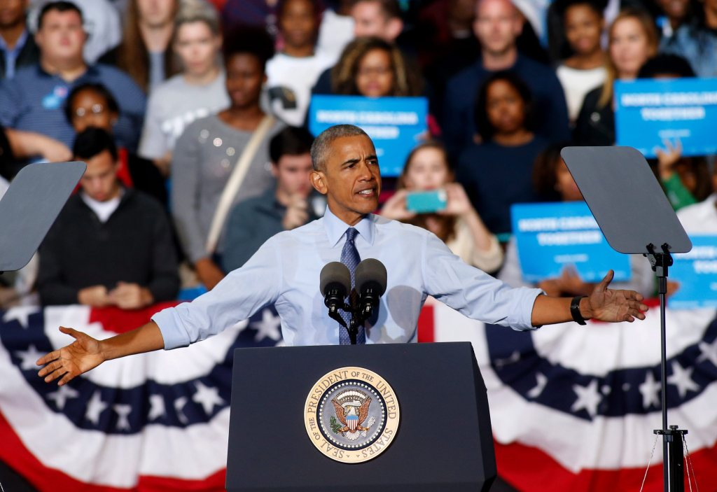 Con anuncio en español, Obama apoya a rival de Marco Rubio