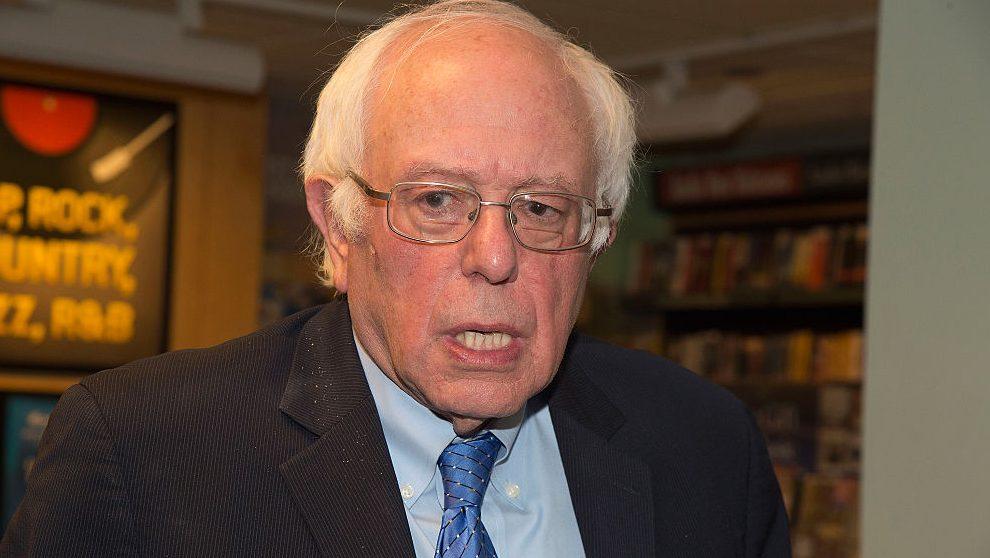 Bernie Sanders hospitalizado por procedimiento cardíaco
