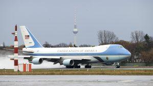 Trump arremete contra Boeing por contrato para el Air Force One