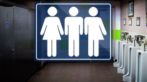 Carolina del Norte retira ley que limitaba baños transgénero