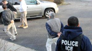 ICE vigila casas y trabajos de inmigrantes en ciudades santuario