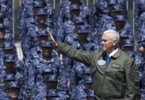 'La espada está lista', alerta Mike Pence a Corea del Norte