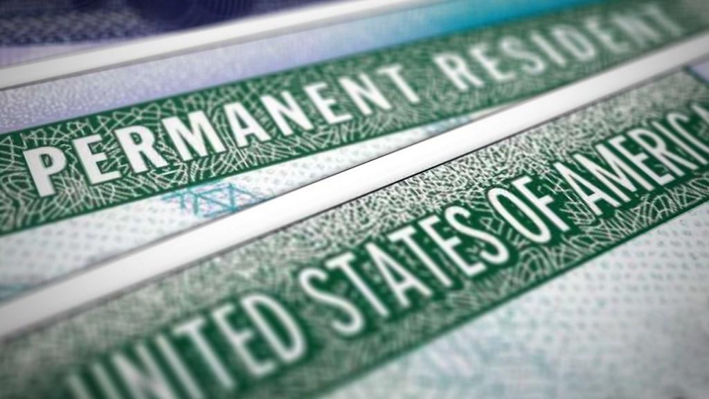 Regla del seguro médico vedará a 65% de aspirantes a la Green Card