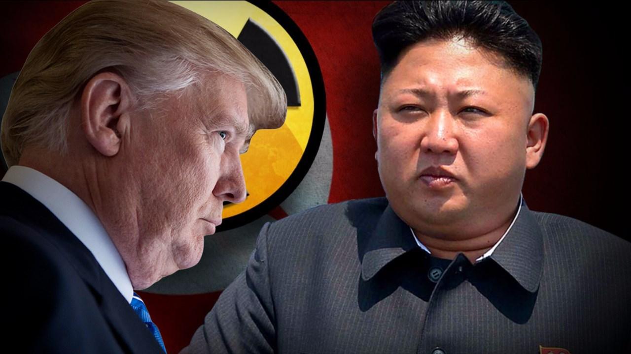 """Kim Jong-un dice tener """"botón de lanzamiento nuclear"""" en su escritorio"""