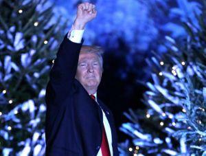 """Trump """"salva"""" la Navidad"""