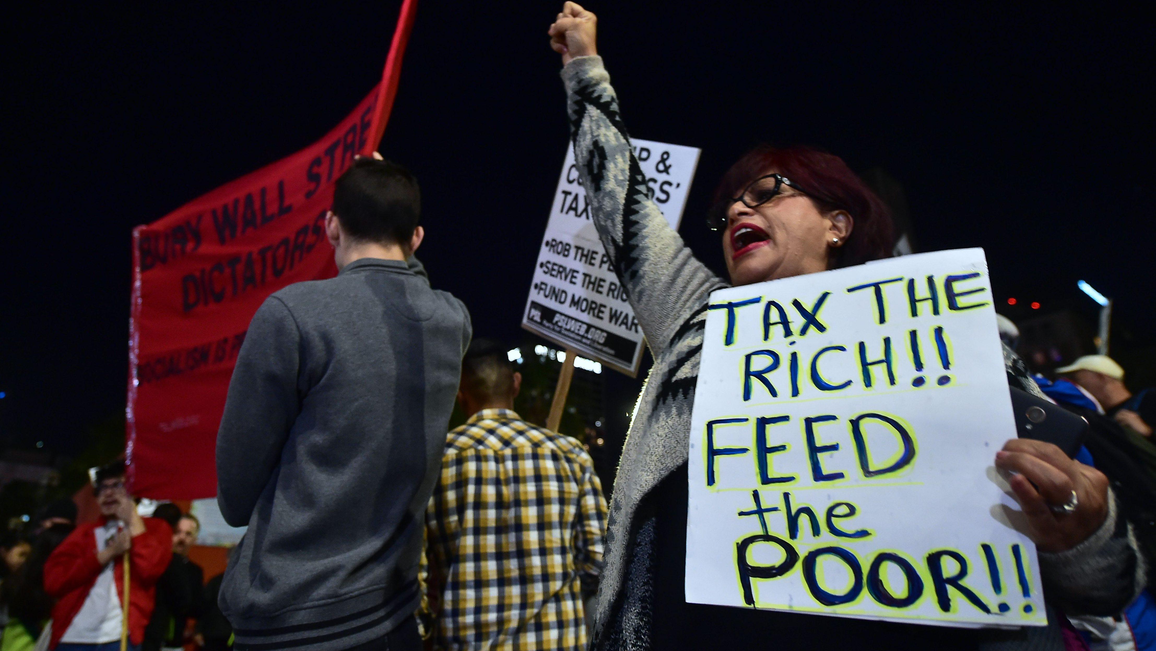¿Cómo afectará a los latinos el plan fiscal republicano?