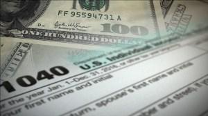 Reembolsos de impuestos del IRS han bajado en más de $500 en 2019