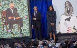 Los Obama develan sus retratos oficiales en Washington