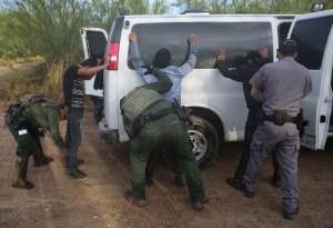 """Gobierno de Trump tendrá """"cero tolerancia"""" con inmigrantes en frontera"""