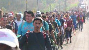 """México cede a la presión de Trump y detiene la """"caravana"""""""