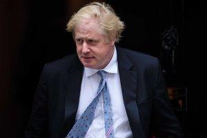Reino Unido sumido en confusión tras renuncia de ministros por Brexit