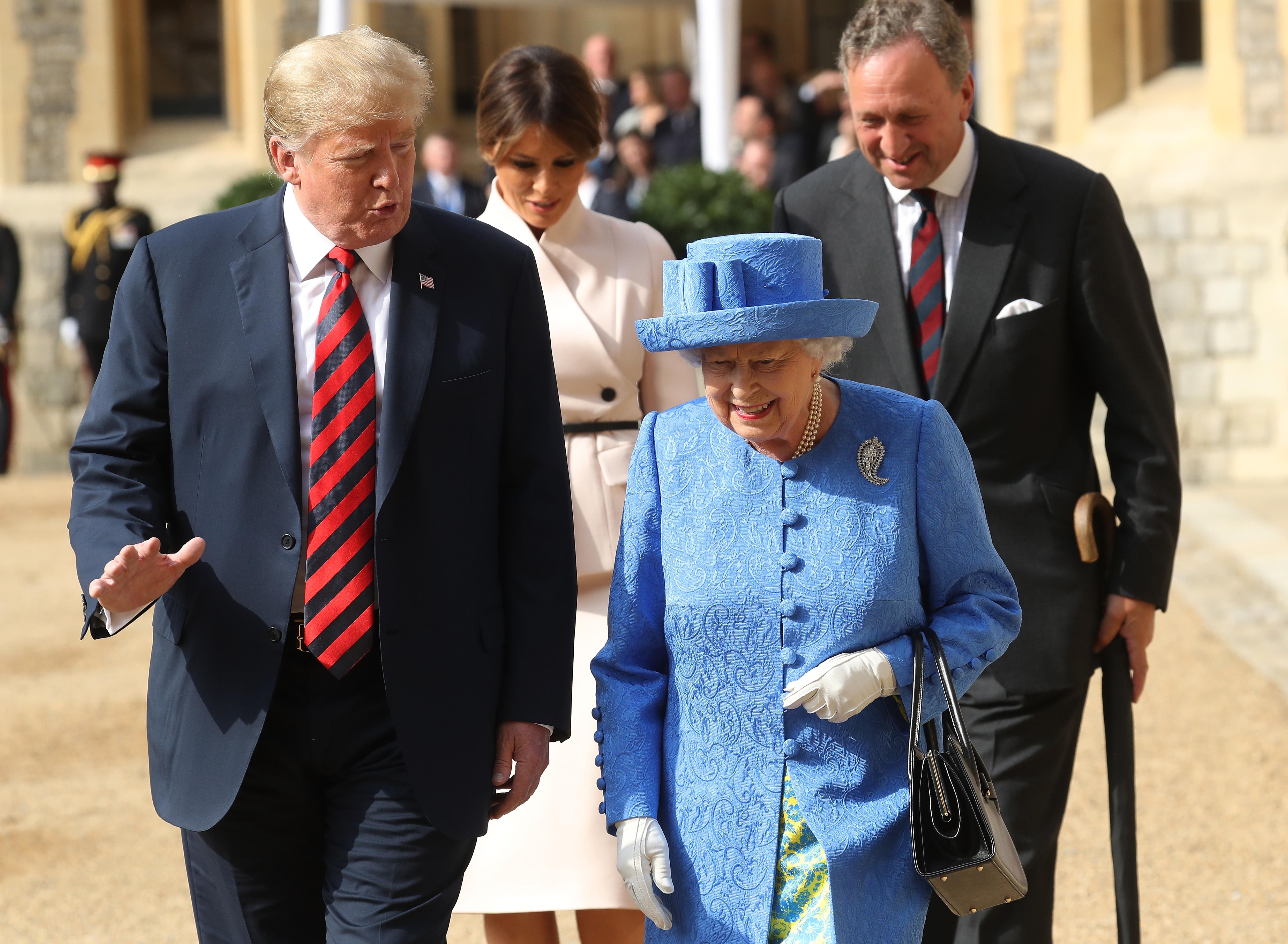 Donald Trump, Reina Isabel