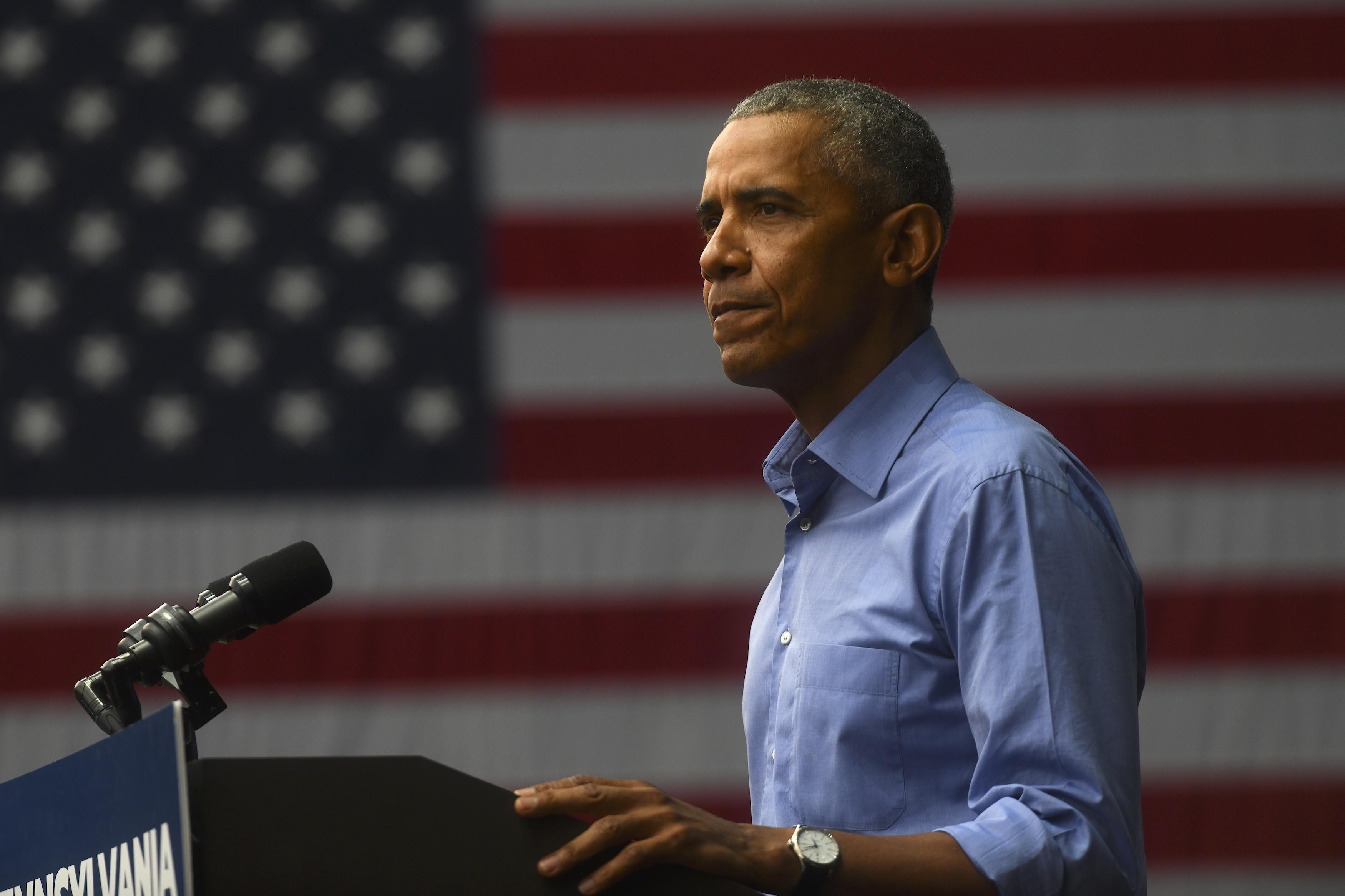 Obama da discurso durante mitin en Filadelfia