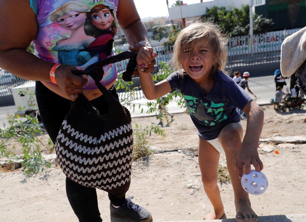 Insolación pudo haber matado a mujer y 3 niños en la frontera, dice sheriff