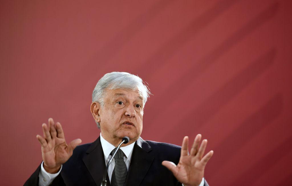México dará empleo en maquiladoras a 40 mil migrantes