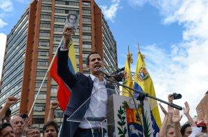 Mike Pence ya se reunió con el Encargado de Negocios de Venezuela designado por Guaidó.