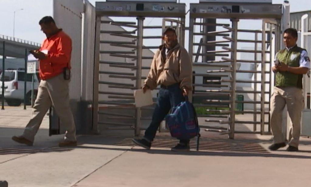 Gobierno de Trump impone multas a inmigrantes con orden de deportación