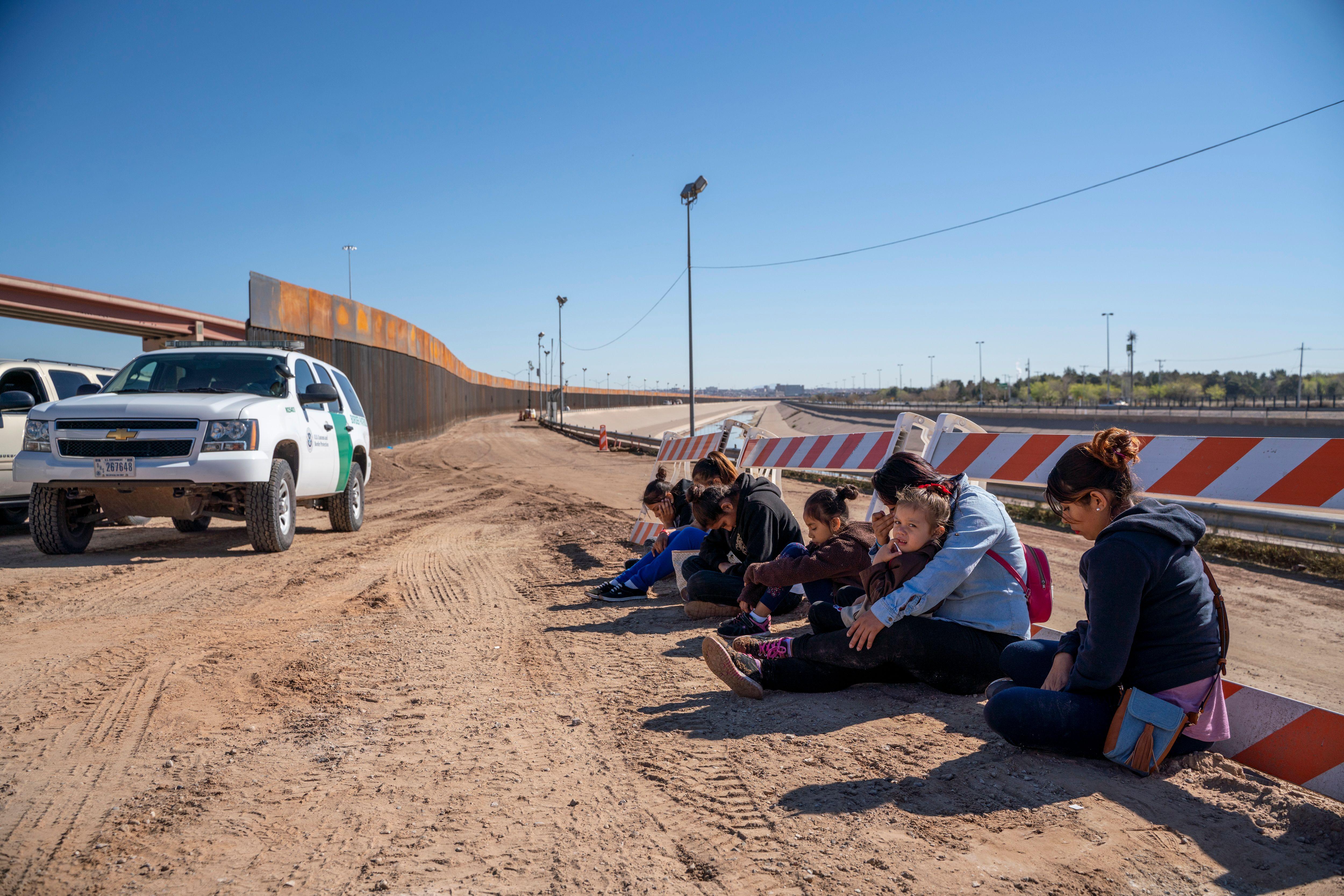 Plan piloto del gobierno para acelerar las deportaciones