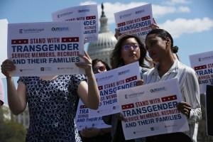 Personas transgénero ya no podrán servir en el ejército de EE.UU.