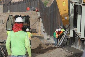 Alcalde de Nuevo México frena construcción de muro privado
