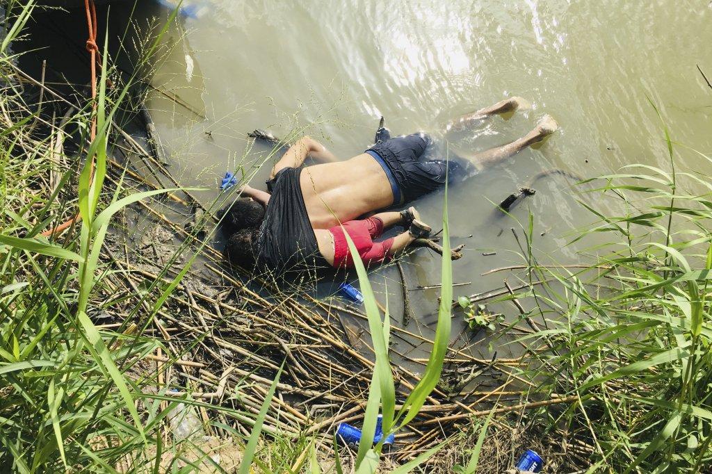 Cuerpos de padre e hija que murieron ahogados regresan a El Salvador