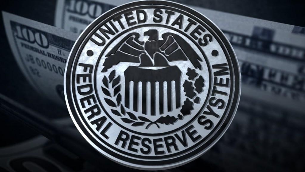 Reserva Federal baja las tasas de interés por primera vez en 10 años