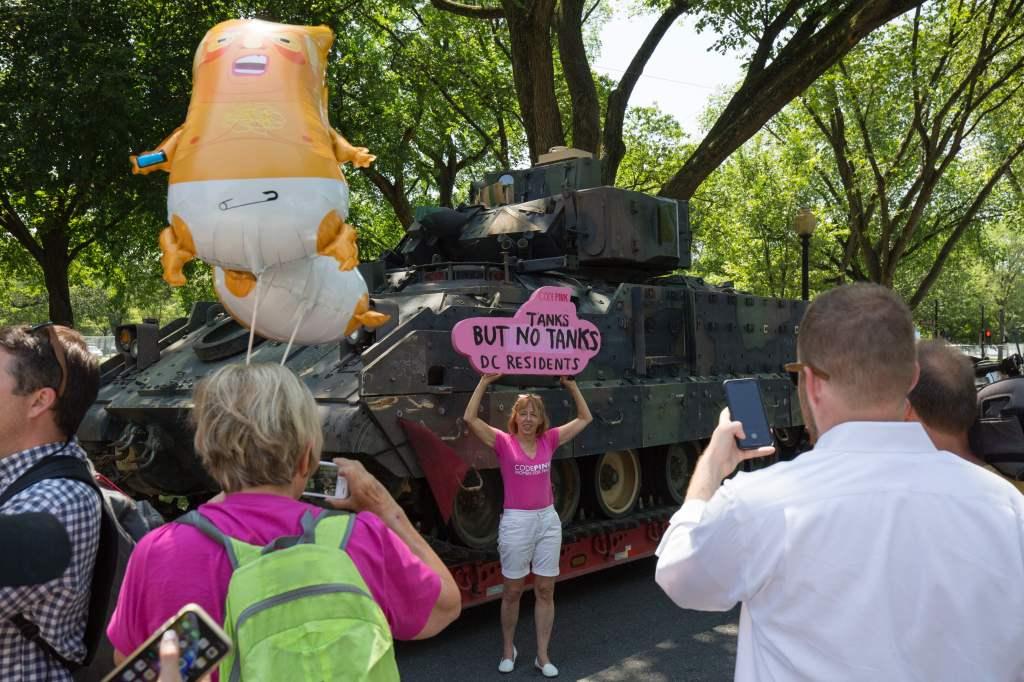 Llaman a boicot por desfile militar de Trump del 4 de julio