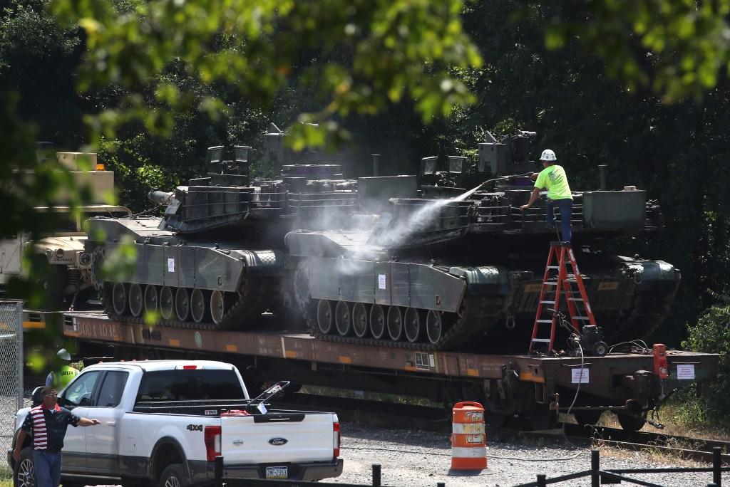 Trump festejará el 4 de julio con tanques y aviones de guerra