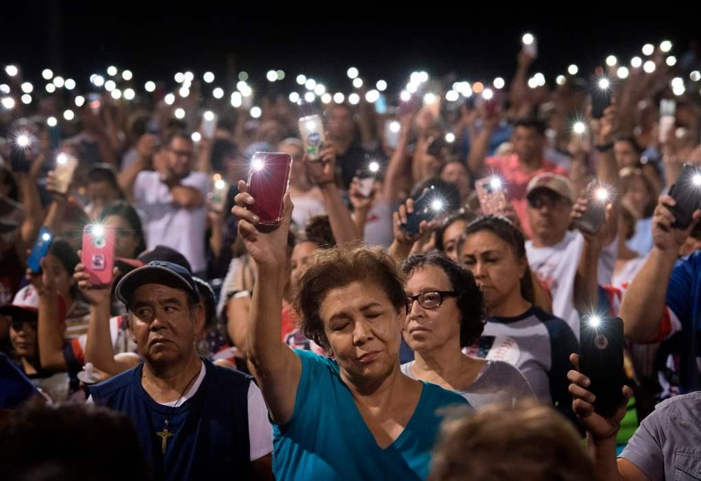 Tras El Paso, latinos sienten temor de ser el blanco de más violencia