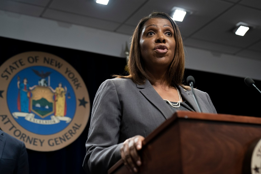Otros 3 estados también demandan al gobierno por regla de carga pública