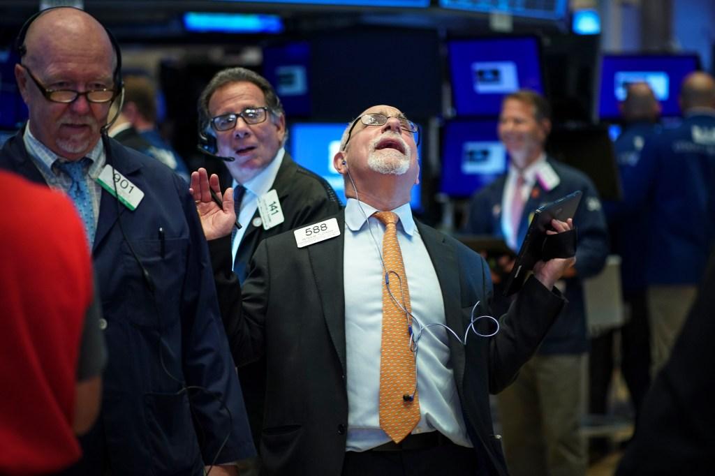 Trump provoca otro desplome de las acciones en Wall Street