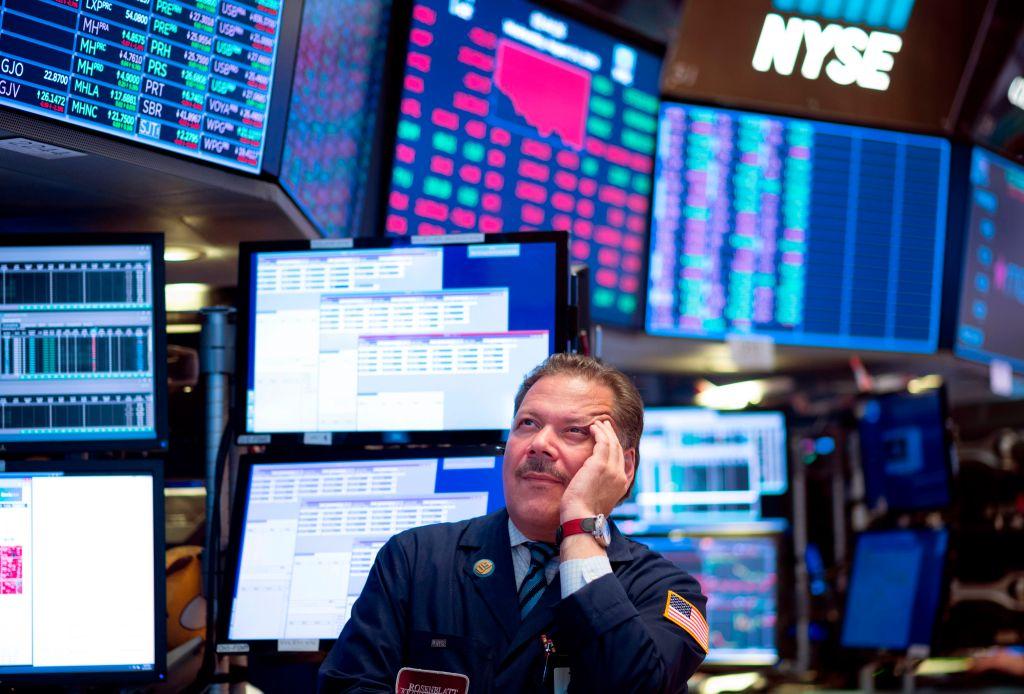 Miedo a una próxima recesión derrumba a Wall Street