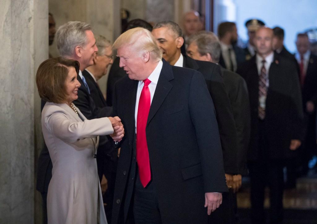 Senado aprueba masivo presupuesto acordado entre Trump y Pelosi
