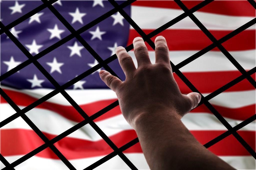 13 militares acusados por contrabando de inmigrantes indocumentados