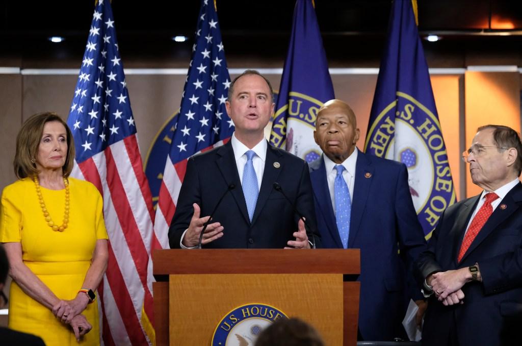 Demócratas aceleran investigación para juicio político de Trump