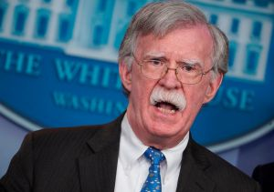 "John Bolton dispuesto a testificar en ""impeachment"" de Trump"