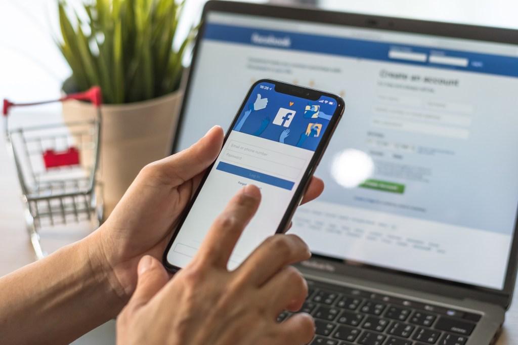 Facebook cambió reglas para dejar que políticos mientan en anuncios