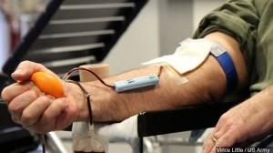 Miles de mexicanos vienen cada semana a donar plasma en EE.UU.