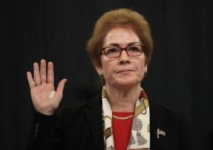 Ucrania investigará posible persecución de embajadora de EE.UU.