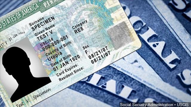 "2 hombres de Oklahoma vendieron decenas de ""Green Card"" falsas, dice ICE"